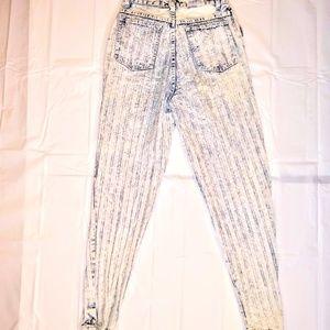 1980's Vintage Punky High Rise Acid Wash Jeans 26